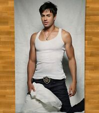 Enrique Iglesias Beach Towel NEW Summer Subeme La Radio Duele el Corazon