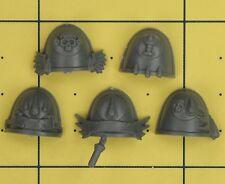 Warhammer 40K Space Marines Blood Angels Sanguinary Guard Shoulder Pads (B)