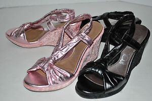NEW YOU BY CROCS LAURALOU LEATHER strappy sandals PINK METALLIC or BLACK 9 10