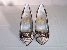 GUESS KITTEN HEEL WOMEN'S SHOES WITH BUCKLE ACCENT - Size 8 1/2 Medium - Brown