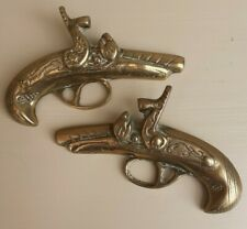 Collectible Vintage Pair of Brass Wall Hung Decorative Immitation Gun plaque