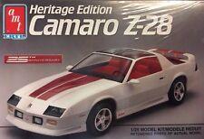 Vintage AMT ERTL 25th Anniversary Heritage Edition Camaro Z-28 Model Kit 1:25