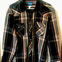 Vintage Wrangler Pearl Snap Flannel Button Up Shirt Size Medium Mens