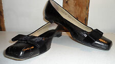 Size 38 Black Oak Embossed Leather Flats with Velour Bows by Giuseppe Zanotti