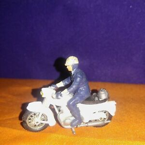Britains 9697 Policeman on Triumph Motorcycle 1/32 scale Played with no 📦 Clean