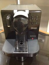 DeLonghi EN670.B Nespresso Lattissima single serve Espresso Cappuccino Maker