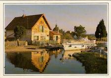 BOURGOGNE le canal du centre bateaux