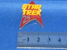 Star Trek 25 Years Red Arrowhead Pin Badge STPIN215R