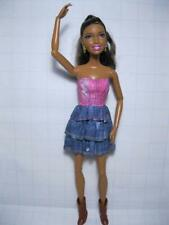 BARBIE-FASHIONISTA SWAPPIN STYLES AA NIKKI ARTSY DOLL/HEAD w/Clothes 100s poses
