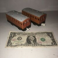 Vtg Thomas The Train Trackmaster Annie & Clarabel Passenger Coach Lot TOMY 2002