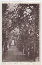 VINTAGE POSTCARD QUEEN MARY'S BOWER HAMPTON COURT PALACE LONDON UNPOSTED.