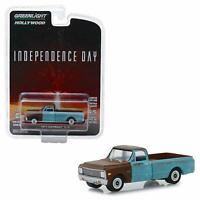 """1971 CHEVROLET C-10 PICKUP """"INDEPENDENCE DAY"""" MOVIE 1/64 CAR GREENLIGHT 44840 D"""