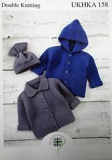 Baby Boys Girls Hooded Jacket Hat Knitting Pattern DK 14 -20in 0 - 12m Easy 158