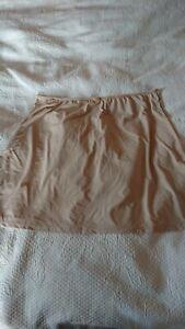 Smooth line waist slip by Gaspe, size 16/18. Skin colour, BNWT