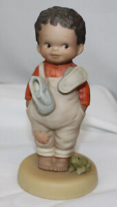 Memories of Yesterday You Do Make Me Happy Mint in Box 520098 Boy With Frog 1992