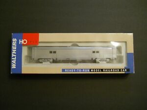 Walthers HO Scale Baggage 73' Bud Undecorated