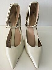 0515778dbe Elizabeth and James Pump Heels Off White Wedding Classic Shoes Size 7.5 US