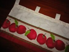 BETTER HOMES APPLES APPLE RED GREEN KITCHEN (1) TAB TOP VALANCE 58 X 14