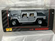 MAISTO HUMMER SILVER H1 4 DOOR SUV 1:18 DIE CAST MODEL, NEW FACTORY BOXED