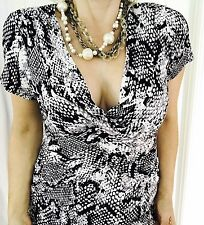 CABLE AND GAUGE WOMENS SNAKE PRINT TOP SHORT SLEEVE VISCOSE BLEND SZ XL