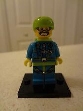 New Genuine Lego 71001 Minifigure Series 10 Skydiver Opened bag!