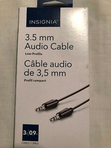 3.5 mm   Audio Cable male/male 3ft for phone,Ipod,tablets,car stereo-INSIGNIA