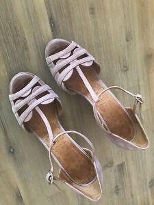 Chie Mihara Pink Sandles - heels