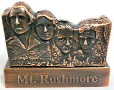 SOUVENIR METAL BUILDING  MT. RUSHMORE