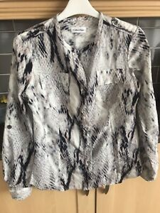Calvin Klein shirt blouse long or short sleeve gorgeous top great condition