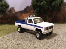 1985 GMC Sierra K1500 4x4 Lifted Custom 1/64 Diecast Truck Farm Chevy K10
