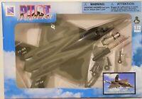 New Ray - 1:72 Scale Pilot Model Kit YF-23 Black Widow II (BBNR21317YF23)