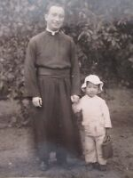 ANTIQUE VINTAGE AUGUSTINE CHAN KONGMOON FATHER BURKE PRIEST IN CHINA ID'D PHOTO