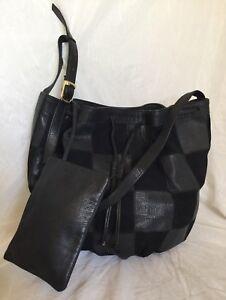Large Black GENUINE LEATHER Shoulder  Bag / Handbag