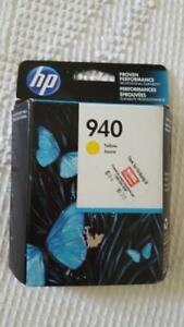 HP HEWLETT PACKARD INK CARTRIDGE #940 YELLOW, SEALED, EXPIRED NOV 2017,