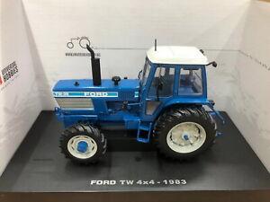 Universal Hobbies 1/32 FORD TW 35 4X4 1983 Tractor Diecast Model NIB UH4027
