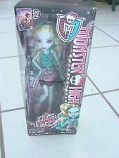 Monster High Doll Lagoona Blue Black Carpet Doll yellow & teal hair color new