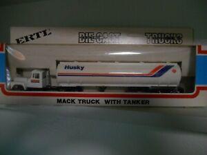 Ertl 1/64 Die-Cast Truck Series, Mack Citgo tanker trailer. STK #9262F0