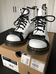Dr. Martens 1460 Crackle White/Black Boots With Bows UK4 US6 RARE