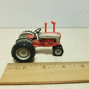 Toy Ertl Vintage Vehicles Ford 901/961 Powermaster Tractor Diecast 1:43