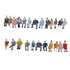 HO scale 1:87 ABS Painted People / seated passenger Random Figures O1V9