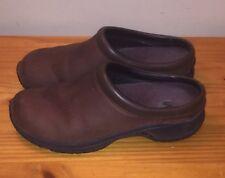 Merrell Encore Groove Nova Dark Brown Nubuck Slip On Clogs Mules Shoes Womans 10
