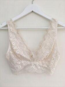 Victoria's Secret Cream Lace Bralette Size M