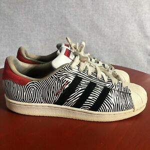 Adidas Superstar Thumbprint Men's Size 9 Shoes Black White Red Low Top Sneakers
