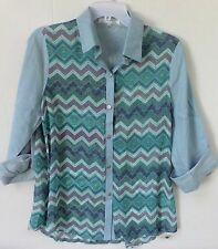 Poema Women's 3/4 sleeve button front chambray style shirt-Chevron front-Medium