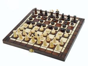 """Nuevo ajedrez de madera con damas """"Bizant""""."""