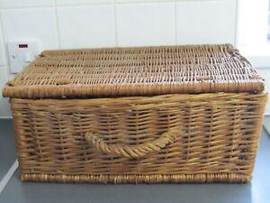Vintage Picnic Hamper Basket 49cms x 33cms x 20cms LOFT FIND
