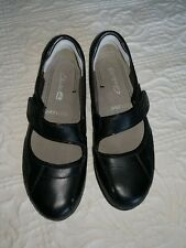 Clarks Mary Jane Shoes Size 4