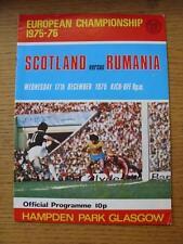 17/12/1975 Scotland v Rumania [At Hampden Park] . Item In very good condition un