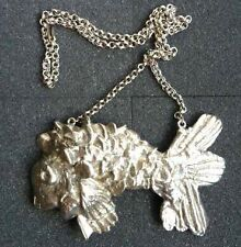 KENNETH  LANE-LARGE PENDANT-FISH ON  CHAIN-SILVERTONE HEAVY  METAL-A 1-3-VNT
