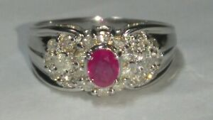 Solid 18k white gold natural ruby diamond ring 3.59 grams - sz 6.75